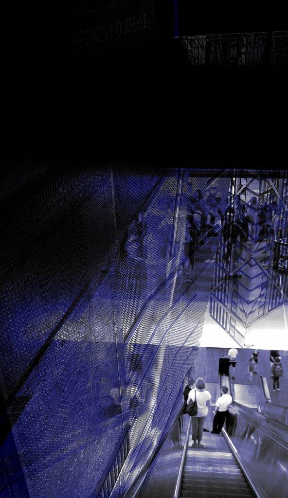 Heaven-Help-II-London-63-Blue25.jpg