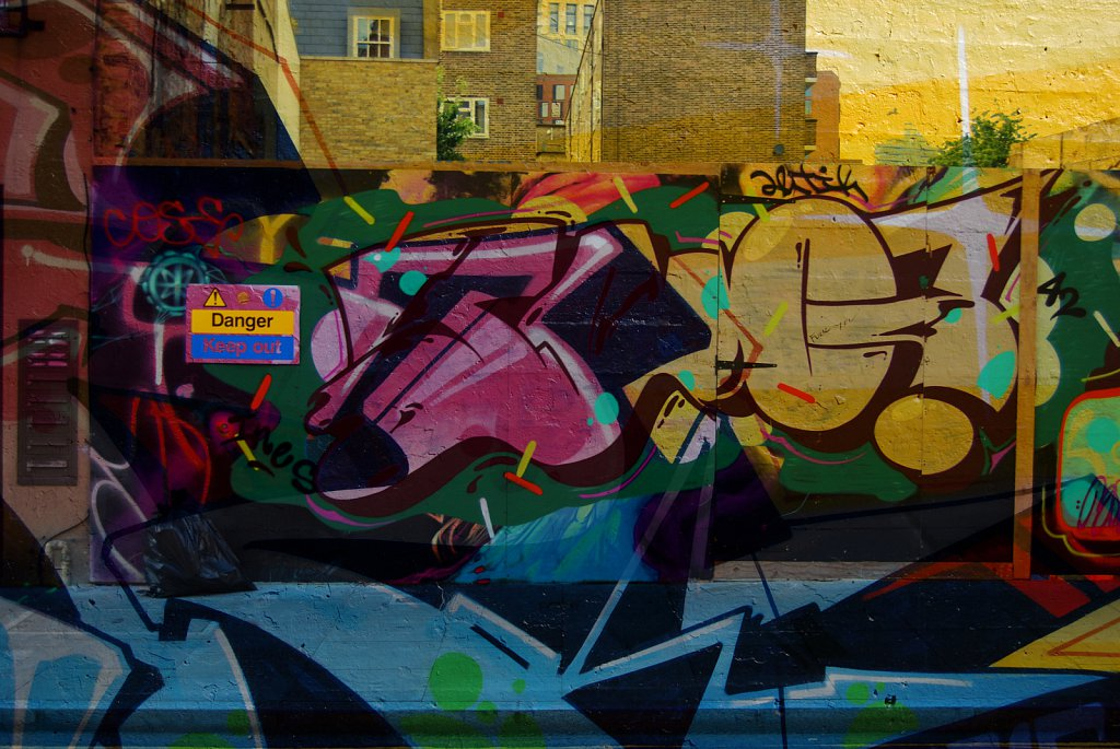 London-DE-Grafitti-3.jpg